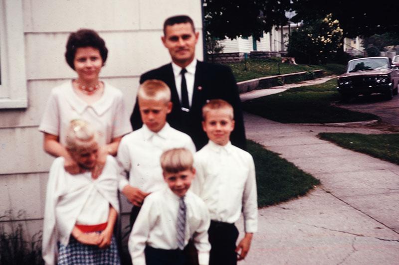 Dean and Bonnie Frederick, Rodney, Todd, Cathy, Guy